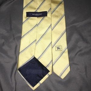 100% seta Burberry Tie Made in Italy